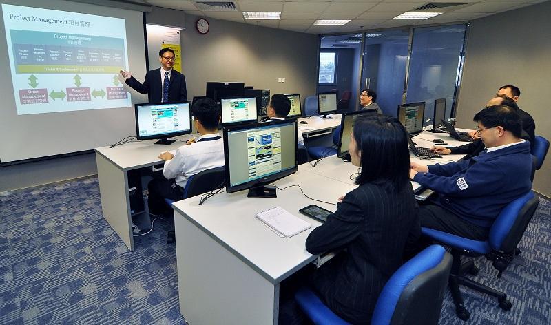 提升職場軟技巧,有助增加與上司和客戶溝通的能力和說服力。