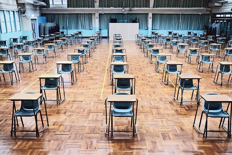 疫情下正在應考的 DSE 考生,要配戴口罩應試及擔心考場環境……壓力大增。教育心理學家可以如何支援他們呢?