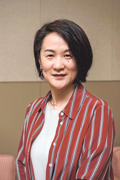 香港大學社會工作及社會行政學系副教授樓瑋群博士。