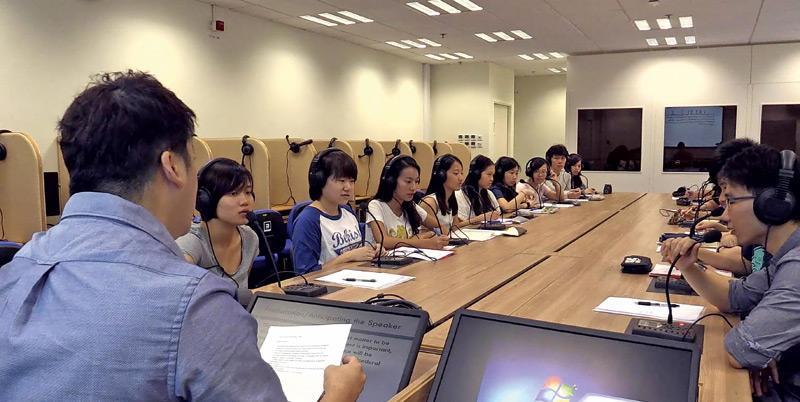 浸大文學院 翻譯學、創意及專業寫作課程