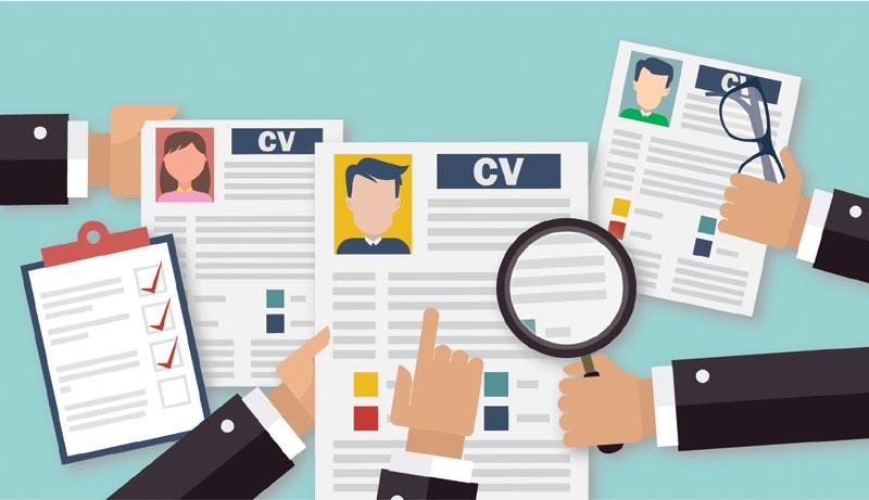 先為求職信和履歷表把脈,再做好面試準備,實行每一個環節進行小修改大改善,提升突圍和獲聘機會!