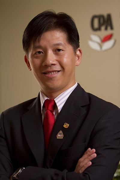 香港會計師公會專業資格及教育執行總監伍大成