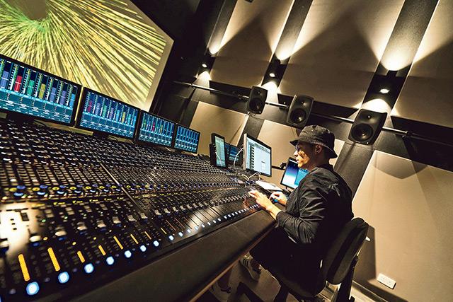 浸大傳理學院跨學科培訓 打造數碼x媒體x電影跨界別全才 不同領域展優勢