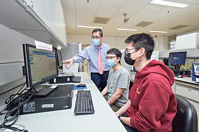 疫情加快生物醫學及檢測行業發展步伐 中大致力培育基因組及生物信息專才 為人類健康出力
