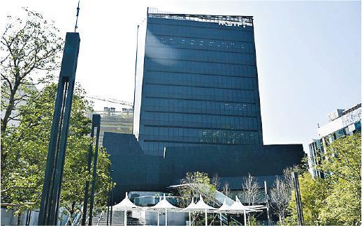 將軍澳工業邨數據技術中心(DT Hub)開幕,主要供數據服務及研發的業務租用,首批已有20個租戶陸續進駐。(科技園公司提供)