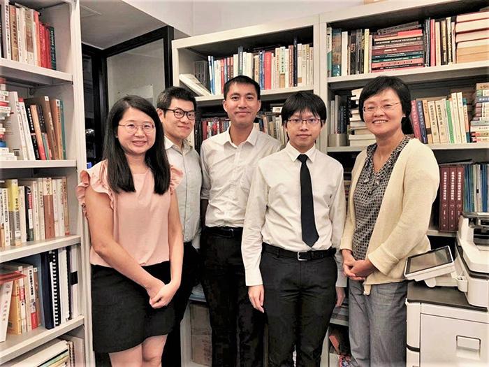 參與編纂《香港志》 培育研究學養黃金地