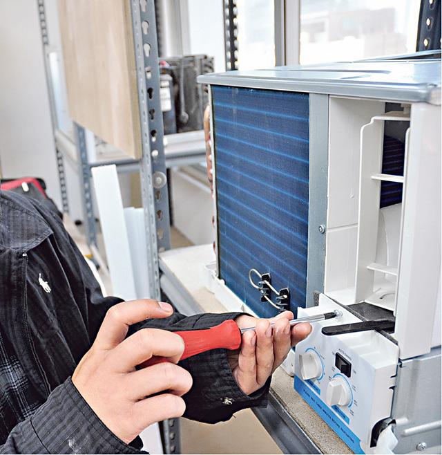 機電工程行業抗「疫」力高 空調系統、通風工程人才需求殷 考取牌照出路廣