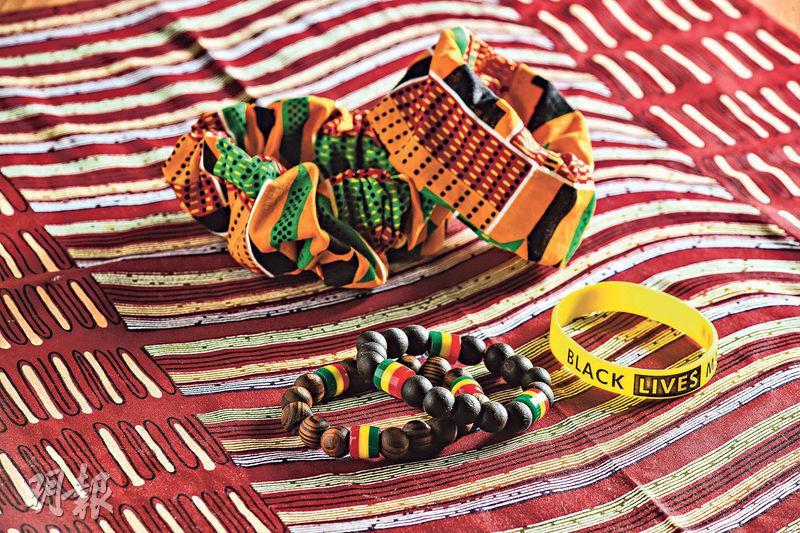 非洲色彩——Africa Center Hong Kong內帶有非洲色彩的紀念品。(馮凱鍵攝)