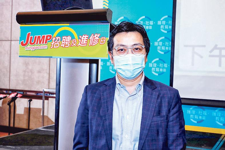 迅達升降機(香港)有限公司技術及工地支援董事陳穎豐