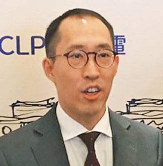 信和集團副主席黃永光