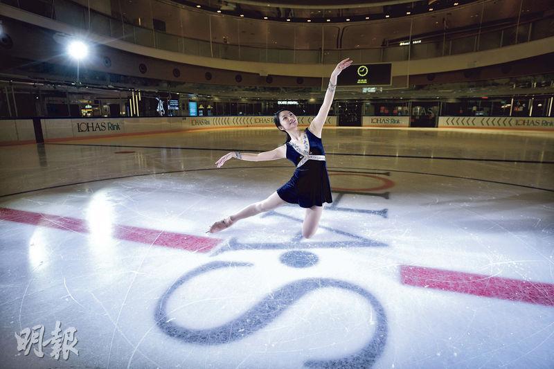 自兩歲習冰,繼而成為港隊花樣滑冰代表,退役後任職冰壇不同崗位,李芷菁(圖)人生大部分時間都與冰作伴。(馮凱鍵攝)