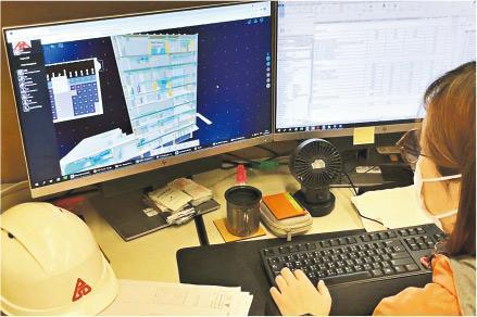 發展局2018年起要求所有3000萬元以上工務工程項目須採用建築信息模擬技術(BIM)。BIM技術下,電腦可展示建築物立體模型及各項數據,令團隊更能掌握及分析工程規劃及設計。(建築署提供)