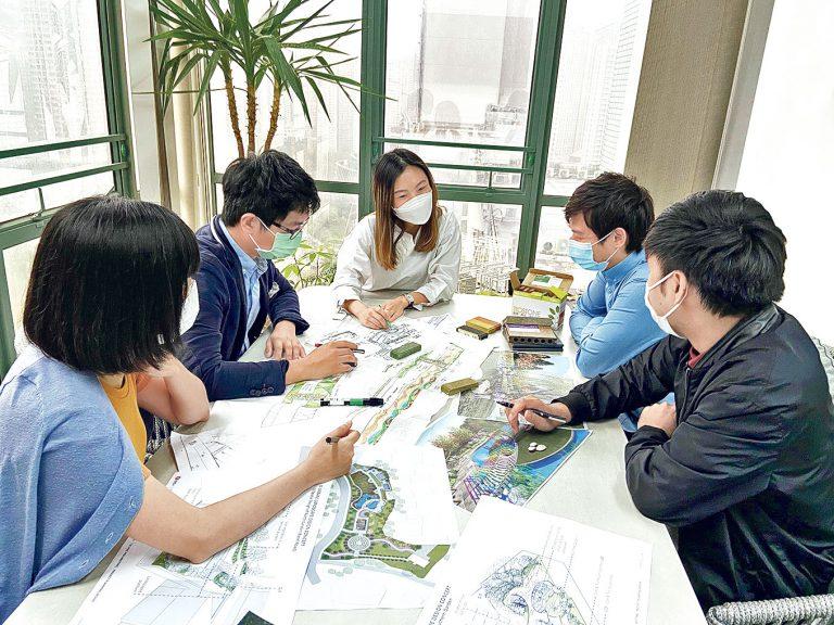 園境師打造人性化戶外空間新人助理園境設計師起步拾級考取專業資格