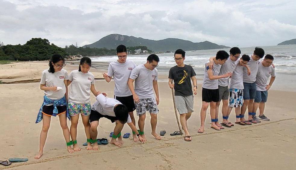 FUJIFILM BI HK 的培訓生計劃除實習和專業培訓外,亦會安排多元化的活動; 圖為2019年8月的兩天團隊建立活動。