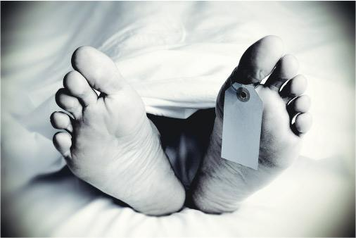 冷靜處理——將遺體修復至接近死者生前的健康模樣,靠的是遺體修復師的一對巧手和心思,並需要冷靜地處理遺體。(nito100@iStockphoto)