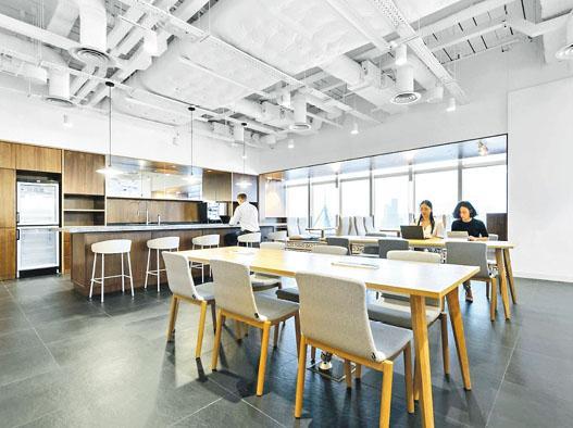 希慎與英國IWG成立合資企業,為大灣區客戶提供靈活辦公空間;圖為希慎廣場Signature共享工作間。(資料圖片)