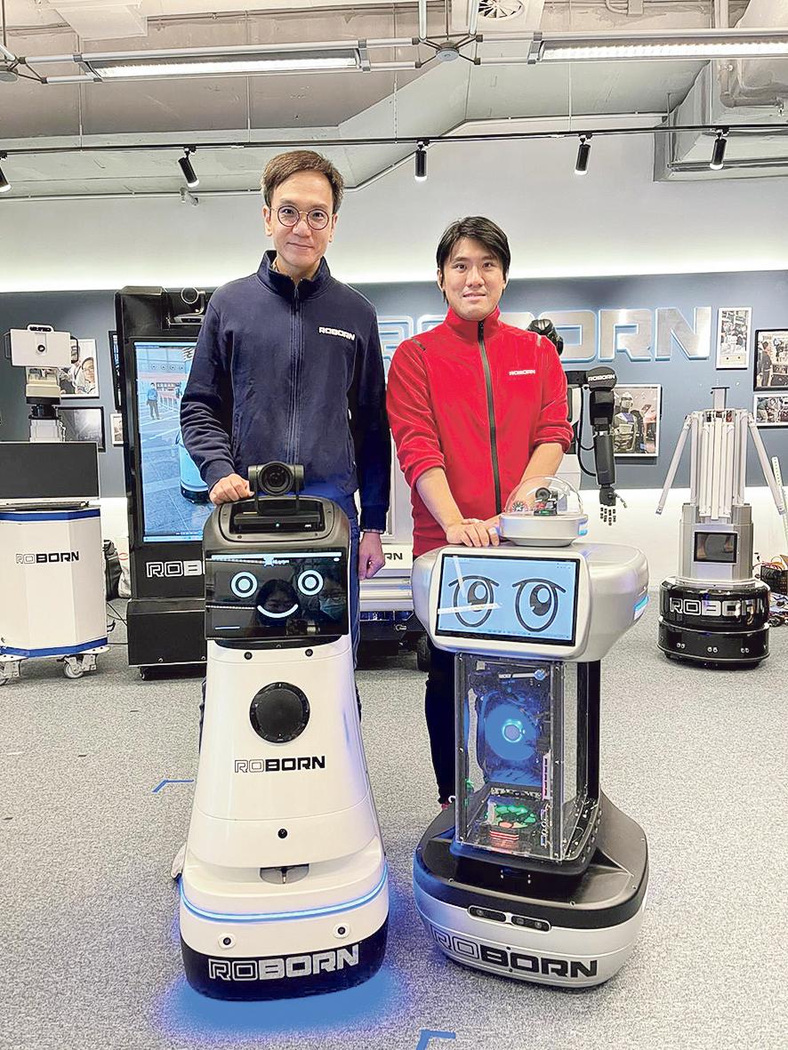 對機械人有情意結的路邦聯合創始人麥騫譽(右)及呂力君(左),拍住上一起創業。 兩人各有所長,分別主管技術的研發及戰略,以及市場營銷和企業品牌戰略。