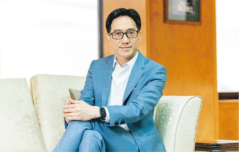 新地(中國)南中國區總經理黎祥掀(圖)相信,就業計劃不僅是讓年輕人有工作,也為公司發展及灣區經濟作出貢獻,帶來三贏。(新地提供)