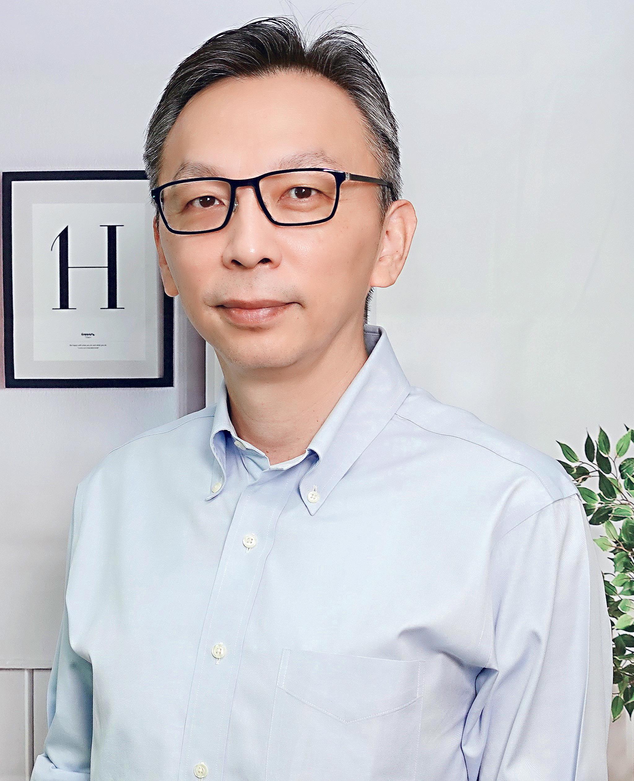香港特許金融分析師學會(CFA Society Hong Kong)副會長及學會秘書何敏(Alvin)